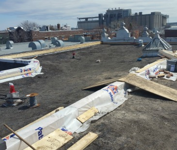 Roof in Montreal before Thermo-Shield application